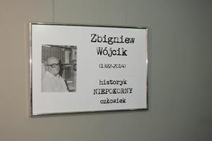 Wystawa o prof. Zbigniewie Wójciku w Częstochowie. Twórcą wystawy jest dr Mariusz Kolmasiak, członek Instytutu.